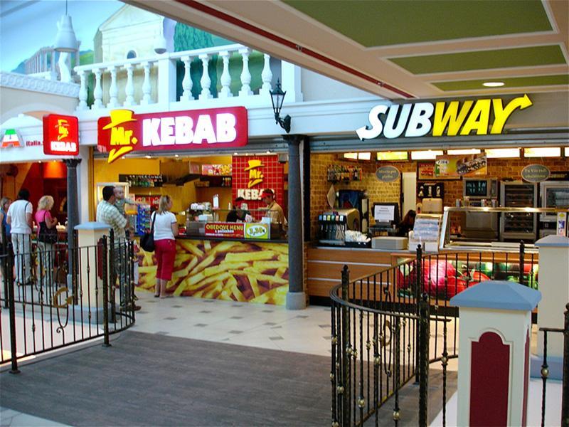 Nový Mr. KEBAB v OC Galéria v Košiciach  cef20dfbb99